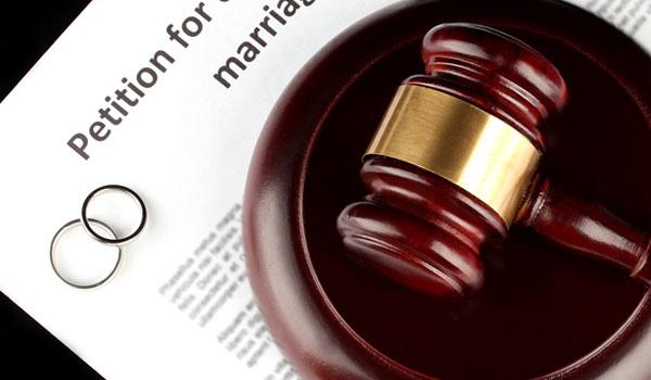 расторжение брака в Израиле, развод, раздел имущества при разводе, опека над детьми после развода, выплата / взыскание алиментов.
